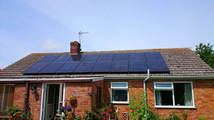 Solar panels producing enough electricy for a bungalow family in Cambridge